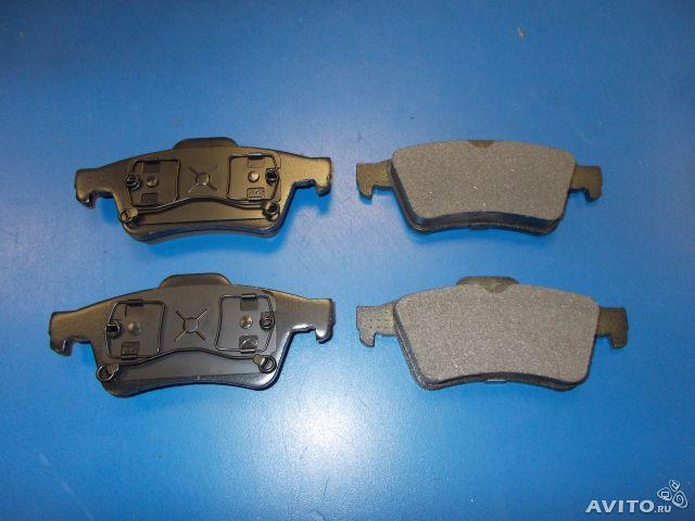 Колодки тормозные задние дисковые на ford transit (форд транзит) rwd 1007, iveco (ивеко) 29/35/40