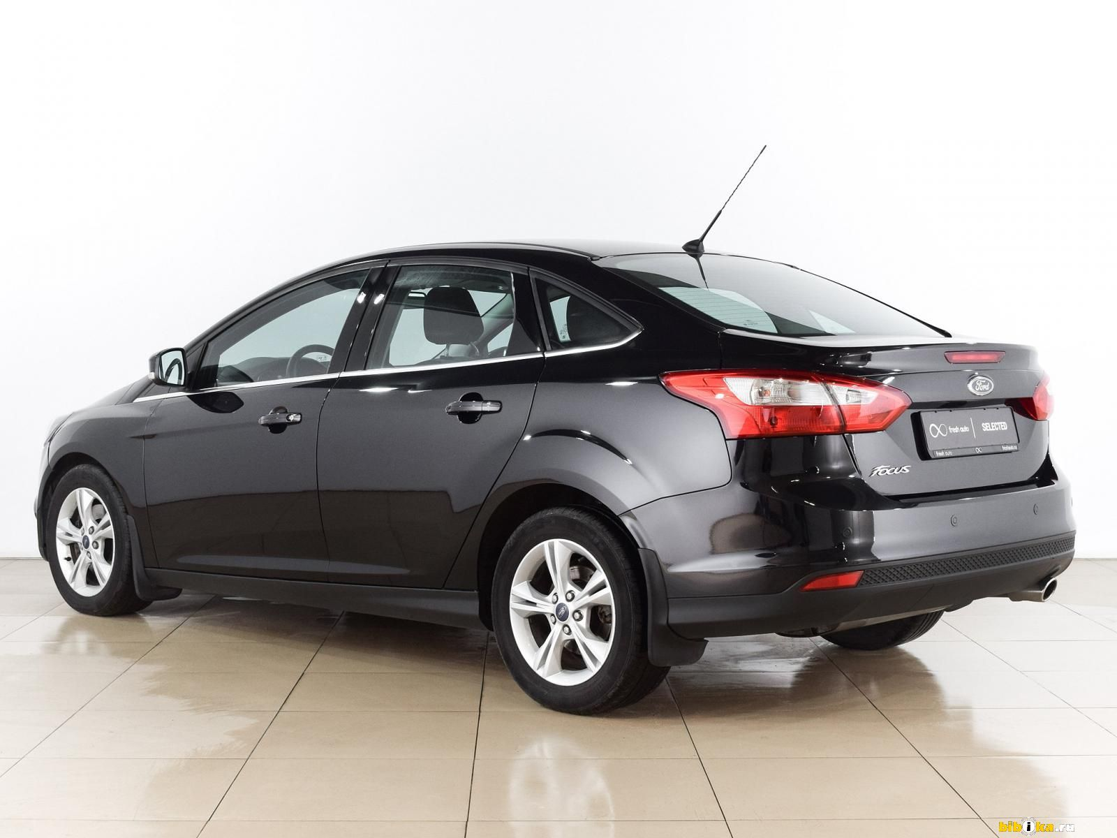 Ford Mondeo 2015, бензин, 2500 куб.см, 150 л.с. - отзыв...