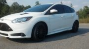 ford focus white and black цена