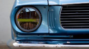 классический форд мустанг