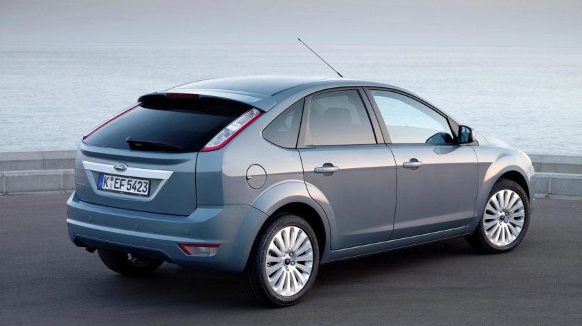 ford focus 2 hatchback
