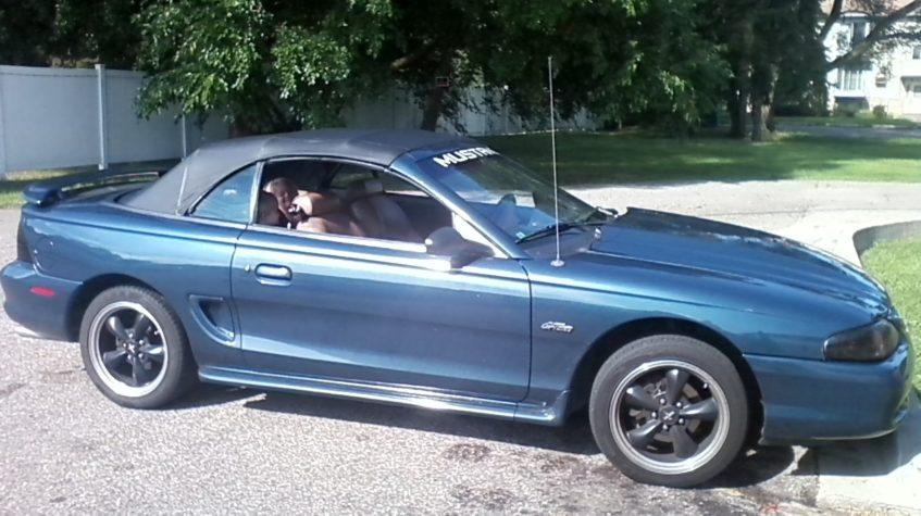 форд мустанг 1997 года фото