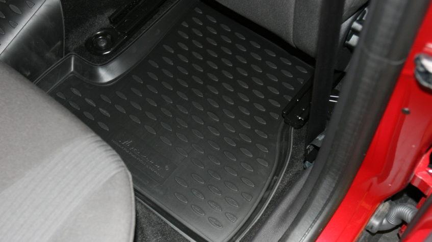 форд фокус 3 запах в салоне