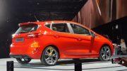 фото автомобиля форд фиеста
